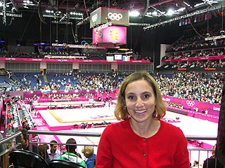 Former Olympic Gymnast Kerri Strug Blogs: Fab Five Win 'Was a True Team Effort'