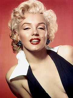 Marilyn Monroe Auction Memorabilia Shows She Had Plastic Surgery | Marilyn Monroe