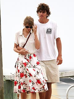 Did Taylor Swift Crash a Kennedy Wedding? | Taylor Swift