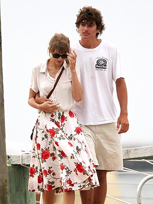 Taylor Swift & Conor Kennedy Split