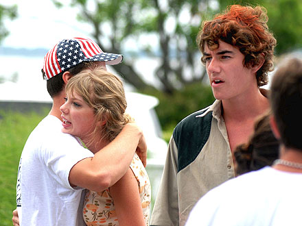 Taylor Swift's New Beau: Conor Kennedy?| Couples, Mary Kennedy, Robert Kennedy Jr., Taylor Swift