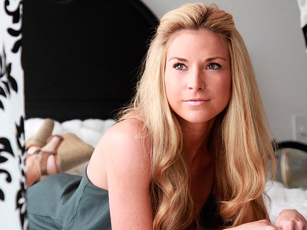 Diem Brown Blogs About Friend's Breast Cancer Scare | Diem Brown