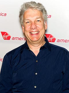 TV Host Marc Summers Injures Face in Car Accident