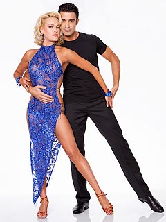 Peta Murgatroyd Blogs: 'Maks and I Love Working Together!' | Gilles Marini