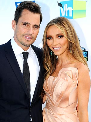 Bill & Giuliana Rancic Baby Coming Soon; Couple Waits in Colorado