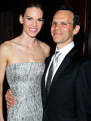 http://img2.timeinc.net/people/i/2012/news/120903/hilary-swank-300.jpg
