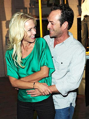 Jennie Garth and Luke Perry