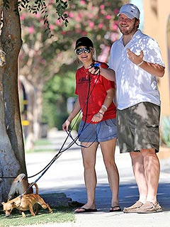 PHOTO: Smiling New Mom Anna Faris Steps Out | Anna Faris, Chris Pratt