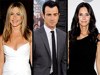 Jen & Justin Share Cozy Dinner with Courteney Cox