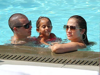 Front Row for Jennifer Lopez, Casper Smart's Pool Party (PHOTOS) | Jennifer Lopez