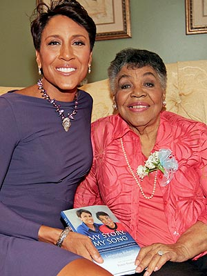 Robin Roberts's Mother Dies