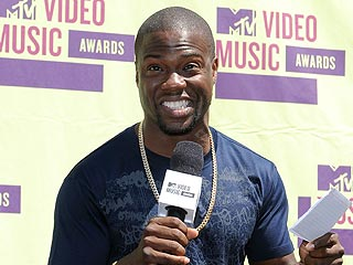 Host Kevin Hart's VMA Dis List: Is Your Favorite Star Safe? | Kevin Hart