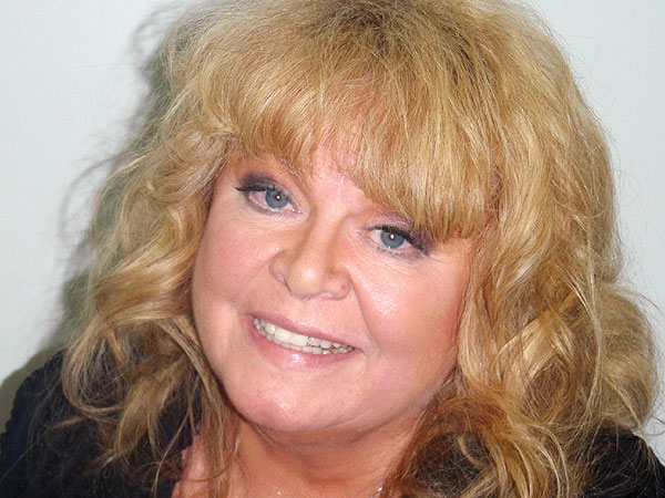 Sally Struthers Arrested for DUI in Maine