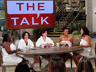 PHOTO: See the Hosts of The Talk Without Makeup
