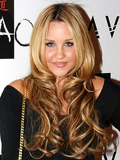 Amanda Bynes Was 'Scared' at Psych Hospital, Lawyer Says | Amanda Bynes