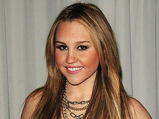 Amanda Bynes's Mother Speaks Out: 'She Will Get Through This' | Amanda Bynes