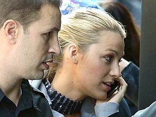 Blake Lively Returns to Work on Set of Gossip Girl | Blake Lively