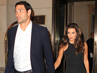 Eva Longoria & Mark Sanchez's Cheesecake Date in N.J. | Eva Longoria