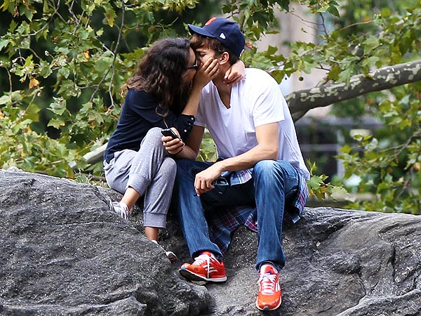 Mila Kunis & Ashton Kutcher Share Passionate Kiss in New York