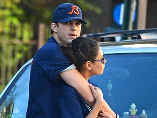 Ashton & Mila Spending Holidays with His Family | Ashton Kutcher, Mila Kunis