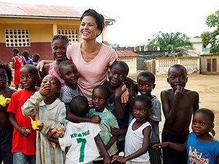 Eva Mendes Embarks on &#39;Life-Changing&#39; Visit to Sierra Leone | Eva Mendes