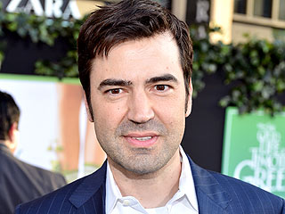 Ron Livingston Is 'Proud' of His Bullied TV Anchor Sister