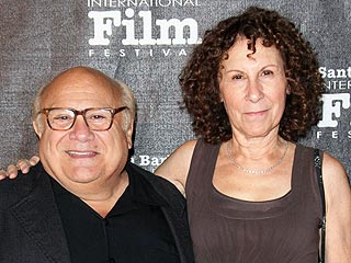 Stories You Loved: Danny DeVito and Rhea Perlman Are Back Together | Danny DeVito, Rhea Perlman