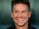 Felix Baumgartner Breaks Speed of Sound During Jump from Space