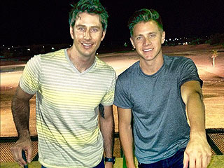 PHOTO: Bachelorette&#39;s Jef Gets in Golf Therapy After Split with Emily