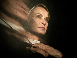 American Horror Story: Three Reasons It Will Keep You Up All Night (SPOILERS) | Jessica Lange