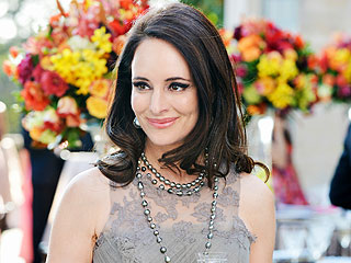 FIRST LOOK: See Madeleine Stowe in Her Revenge Wedding Dress