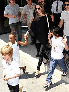 Angelina Jolie&#39;s TMI-Reason Her Kids Keep Her Grounded