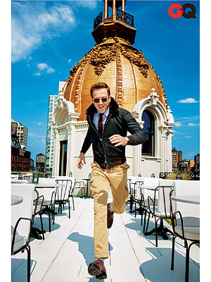 damian lewis 300 Damian Lewis of Homeland Likes Playing the Bad Guy