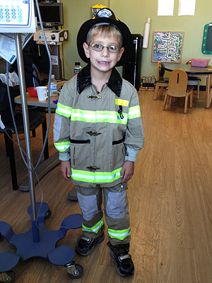 Nico Castro Provides Halloween Costumes for Hospital-Bound Kids| Heroes Among Us, Health, Good Deeds, Real People Stories