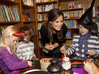 PHOTO: Pippa Hosts Halloween Party | Pippa Middleton