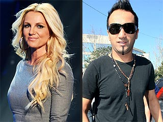 Paparazzo Testifies About Romance with Britney Spears
