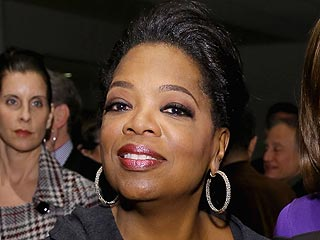 Oprah Winfrey Steps Out for Lincoln Screening in N.Y.C.