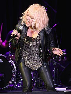 Cyndi Lauper's Uncle Died in Superstorm Sandy | Cyndi Lauper