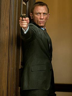 REVIEW: Skyfall May Be the Best James Bond Movie Yet | Daniel Craig