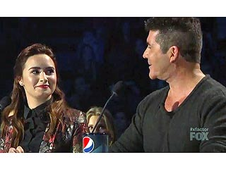 Awkward! Demi Lovato in Tough Position After X Factor Results | Demi Lovato, Simon Cowell