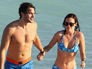 PHOTO: Rumer Willis Back on Beach in (Blue) Bikini