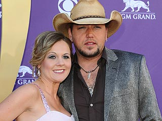 Who Jason Aldean Plans to Visit Santa with This Holiday