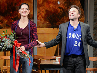 Why PEOPLE's Critic Gives New Katie Holmes Play Two Stars | Katie Holmes