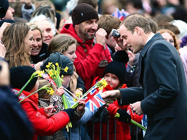 Prince William Receives Onesie from Royal Fan| The British Royals, Kate Middleton, Prince William