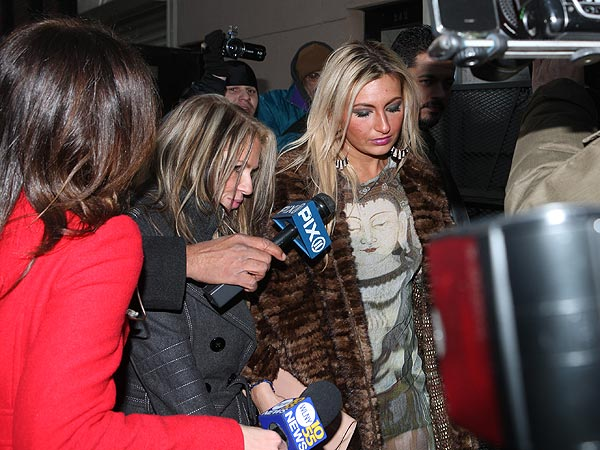 Lindsay Lohan Arrested for Alleged Assault in Club| Crime & Courts, Lindsay Lohan