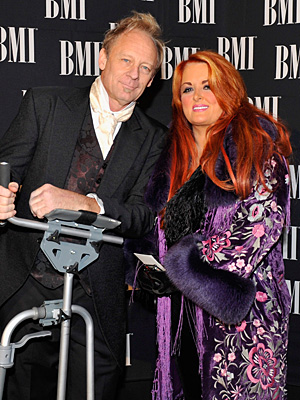Wynonna's Husband Cactus Moser Returns to the Stage After Motorcycle Crash
