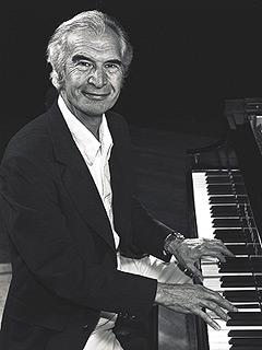Jazz Icon Dave Brubeck Dies at 91 | Dave Brubeck