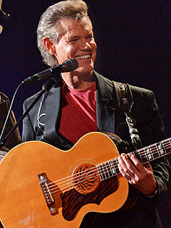 Randy Travis Has 'Given Up Alcohol,' Will Hit Awards Show Stage