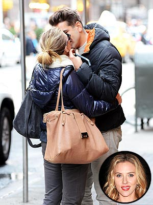 Scarlett Johansson Dating Romain Dauriac - Pair Spotted Kissing in New York City