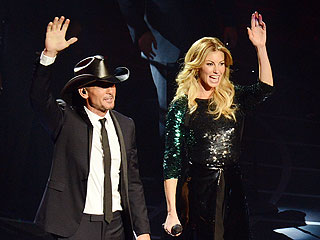 Tim McGraw & Faith Hill Get Very &#39;Personal&#39; in New Vegas Show | Faith Hill, Tim McGraw